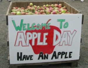 apple day bin