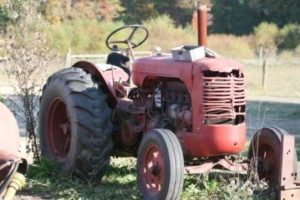 tractor Terhune Orchards farm