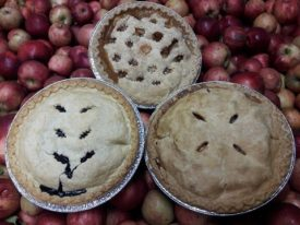 pies on apples