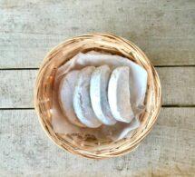 almond crescent